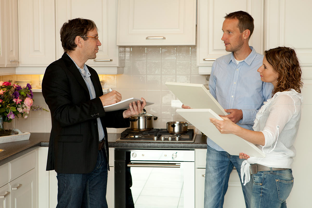Afkoelingsperiode nodig in agressieve keukenbranche consumentenbond