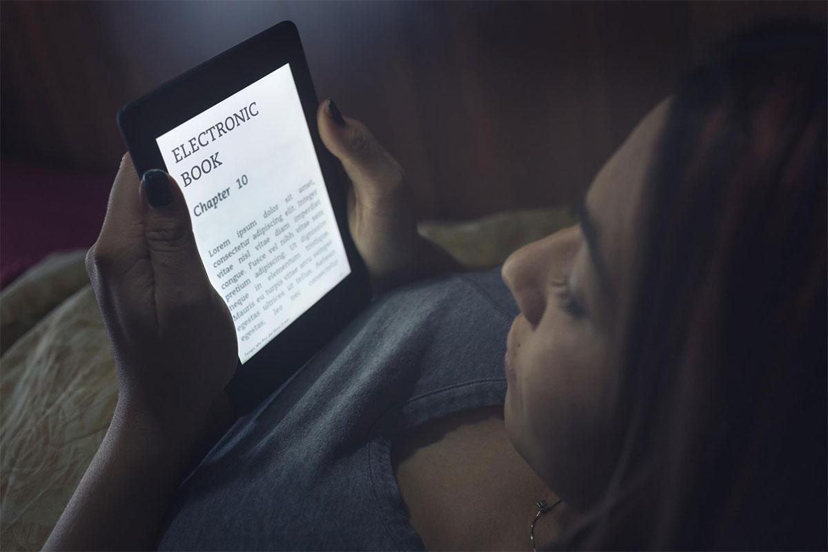 Nachtmodus op een e-reader: nuttig of niet? | Consumentenbond