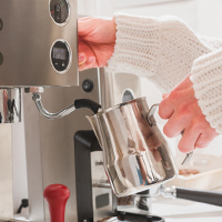 Espressomachines halfautomaat highlight 3 - cappuccino met stoom