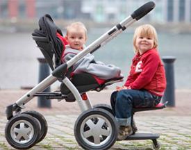 Kinderwagen met Kid-Sit.