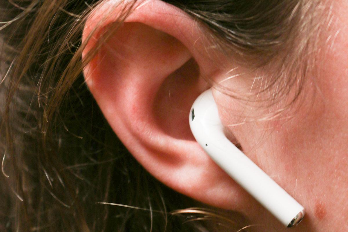 airpod-in-oor