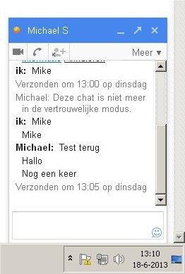 Met Google Hangouts heb je instant messaging op de telefoon en op de pc