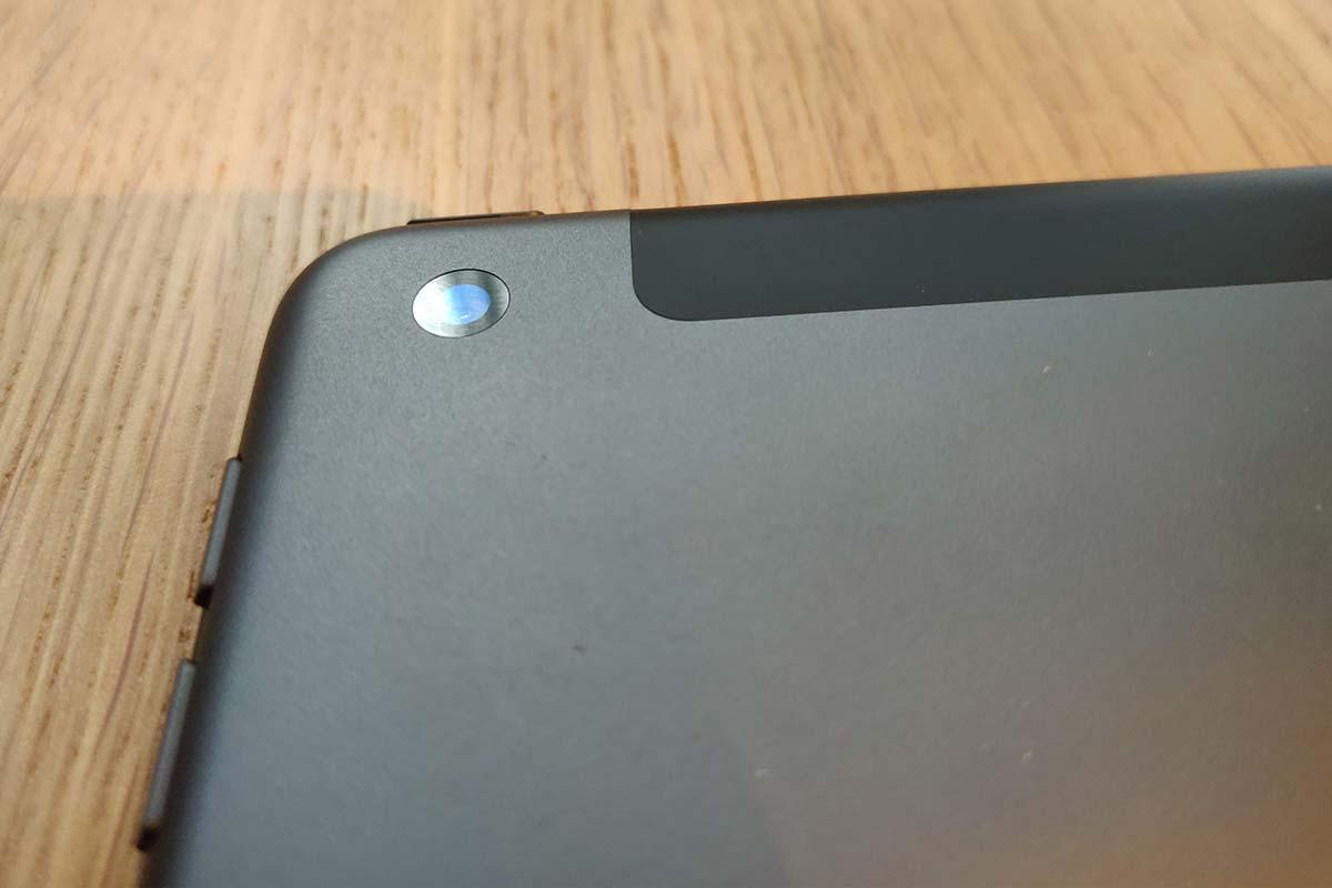 Apple iPad 2019 - camera