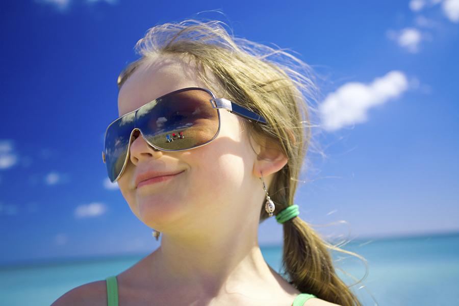 Zonnebril Lichte Glazen : Kooptips voor kinderzonnebril consumentenbond