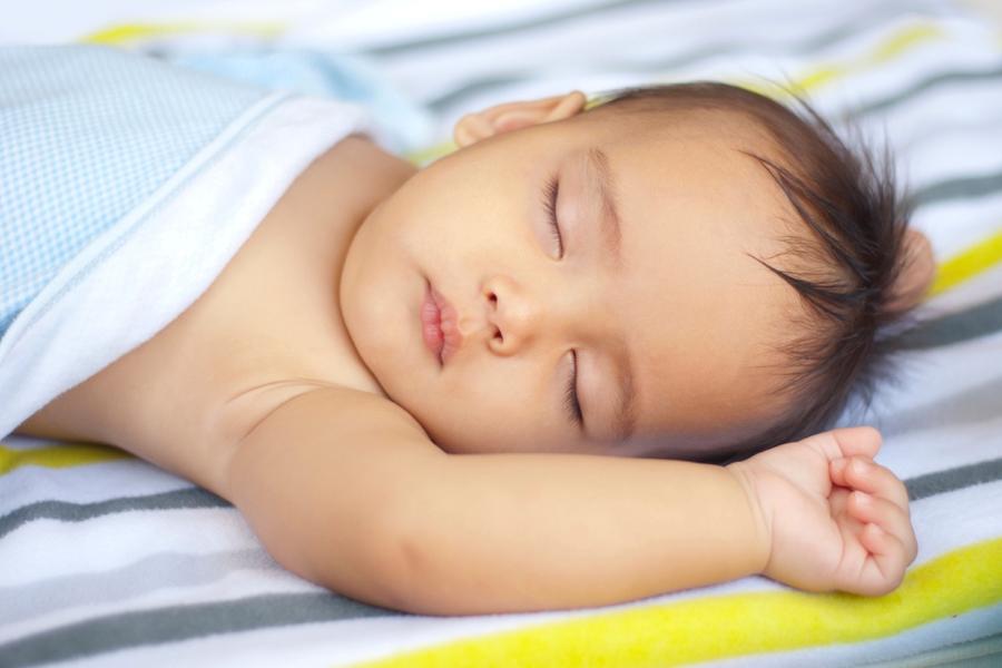 Slaaptips voor baby\'s bij hitte| Consumentenbond