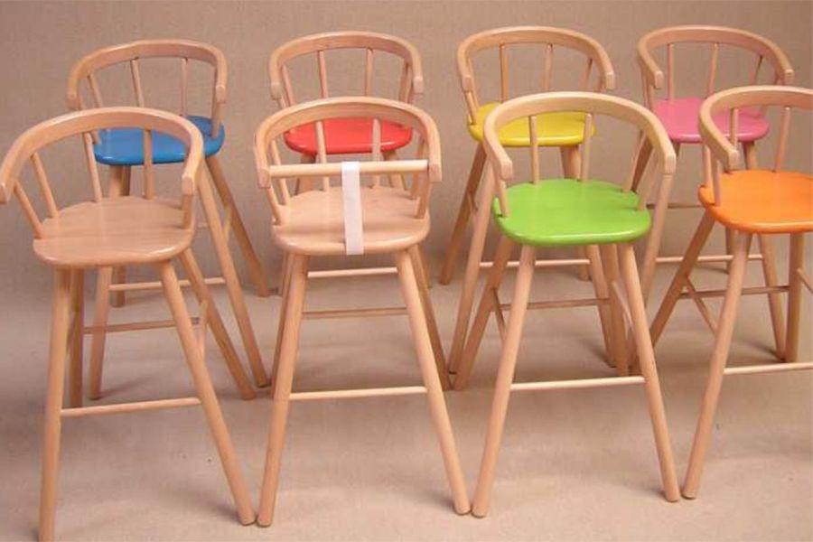 Hoge Stoel Voor Kind.Waarschuwing Kinderstoel Louwen Houtbewerking Consumentenbond