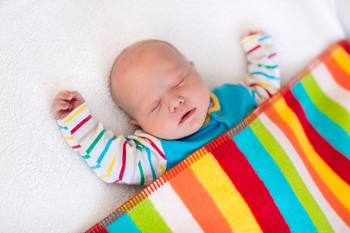 Matras Kind Advies : Een babybedje opmaken: hoe doe je dat veilig? consumentenbond