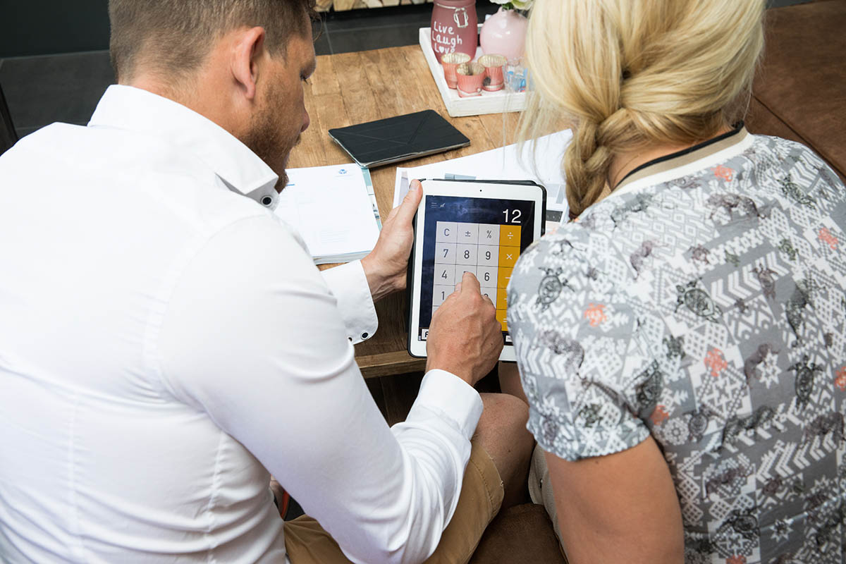 Kosten Badkamer Hypotheek : Bijkomende kosten: wat betaal je zelf en wat niet? l consumentenbond