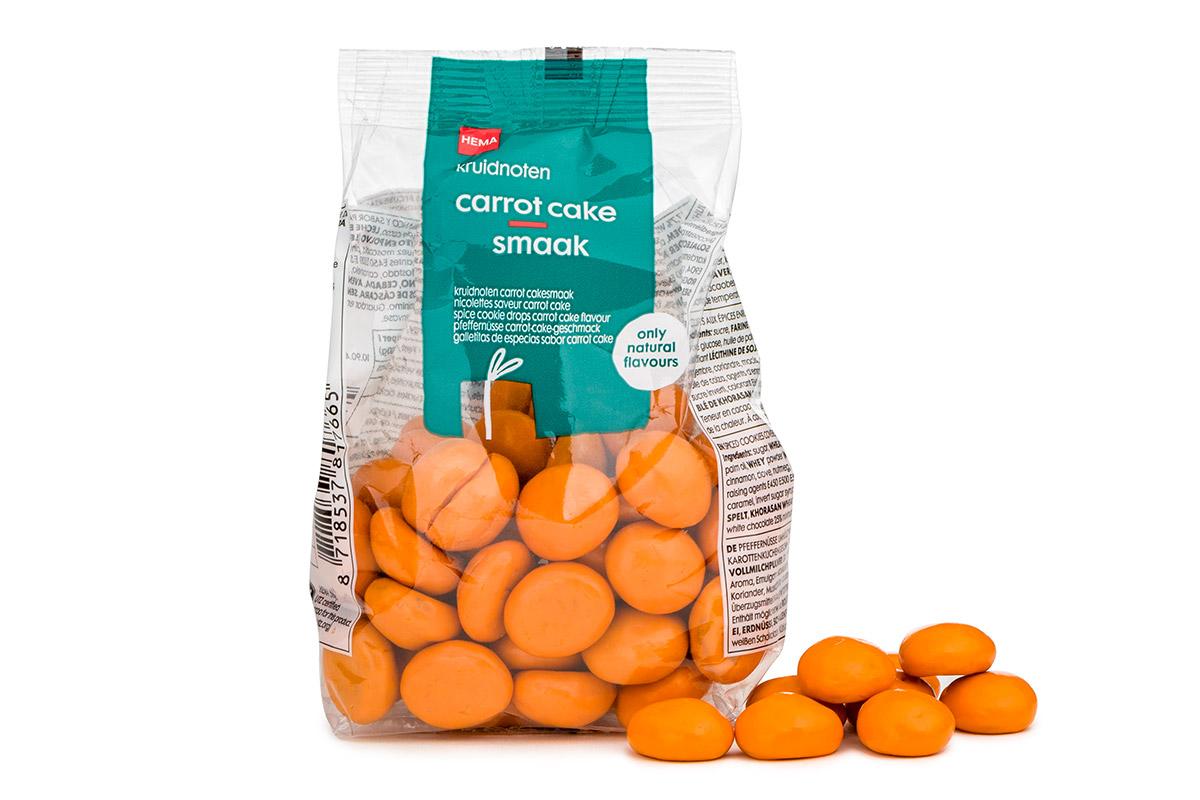 Kruidnoot carrot cake