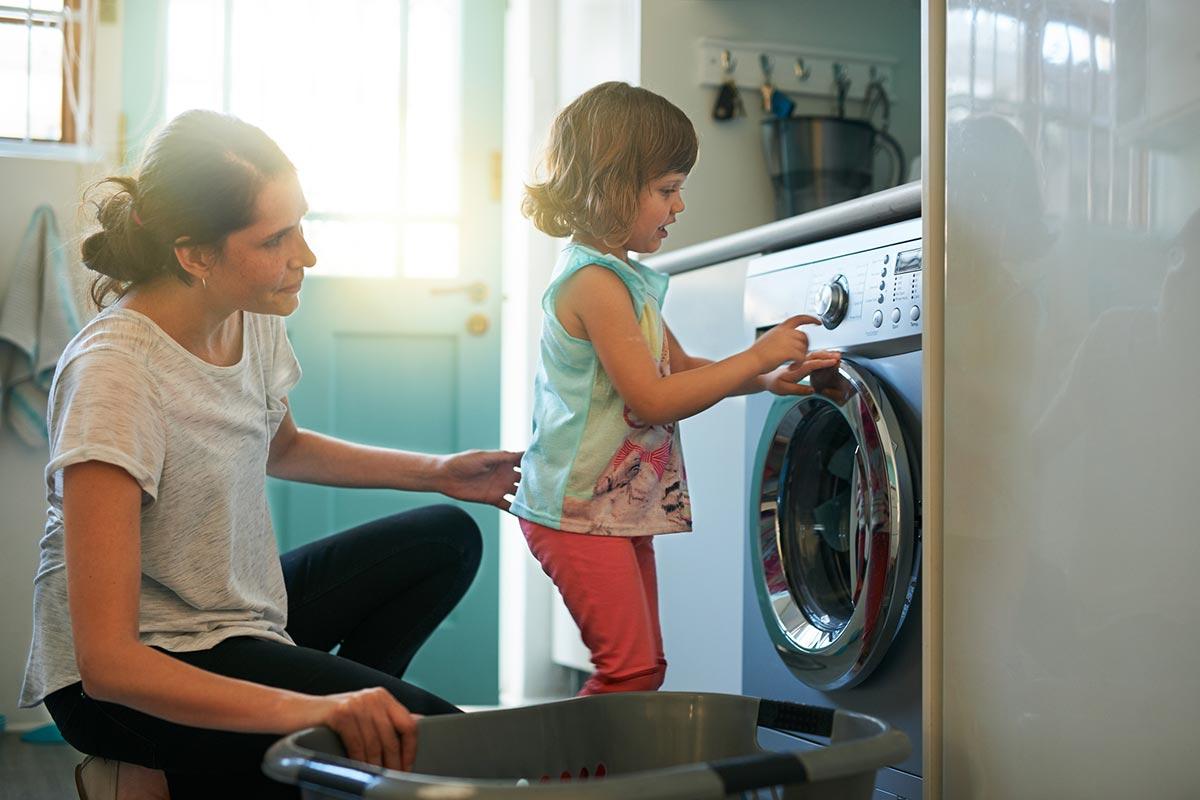 mamma-en-kind-wassen