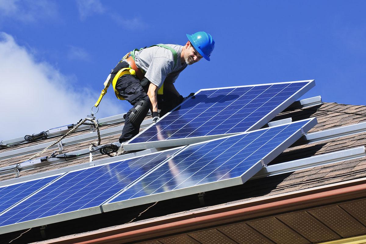 installatie zonnepaneel